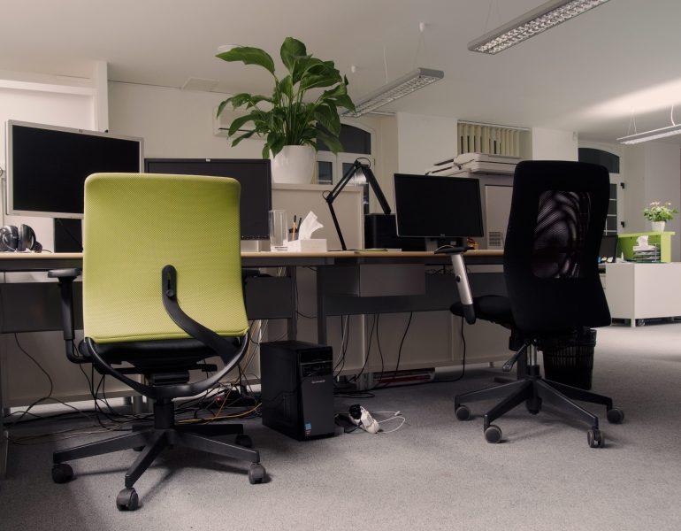 sedia per scrivania classiche vs moderne